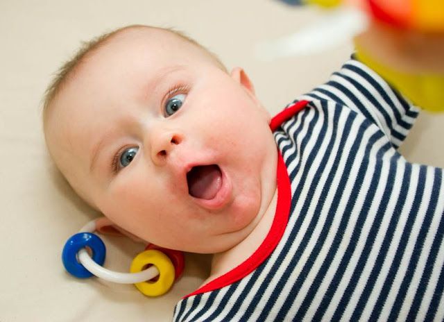 Surprised Baby HD Wallpapers Images Free Download