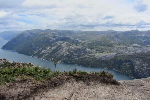 Noorwegen uitzicht van Preikestolen in Lysefjord