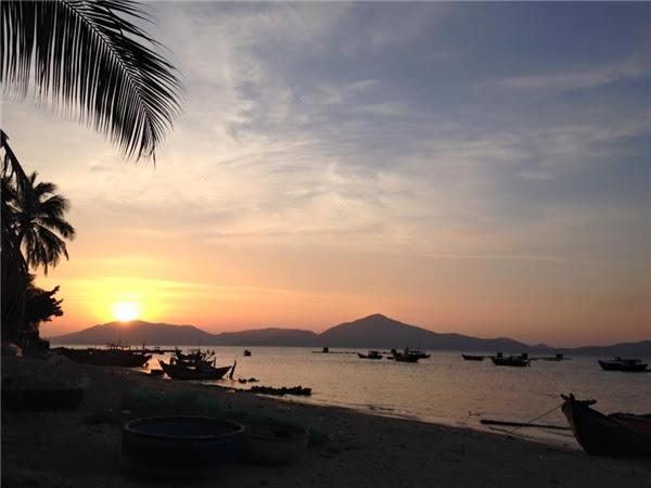 Một buổi hoàng hôn trên bờ biển Điệp Sơn.
