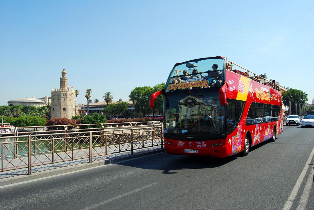 bus city sightseeing sevilla puente remedios sevilla