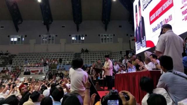 Prabowo Endus Ada Penyusup di Acara Pembekalan Relawan