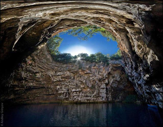 Resultado de imagen de lago melissani kefalonia grecia