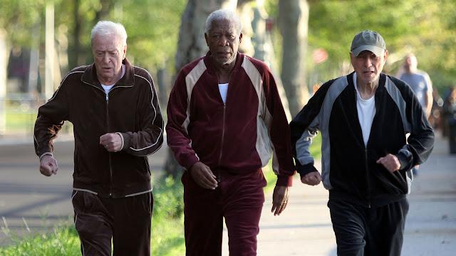 Joe (Michael Caine), Willie (Morgan Freeman), et Albert (Alan Arkin) dans Braquage à l'ancienne, réalisé par Zach Braff (2017)