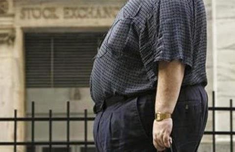 contoh gambar kemeja pria gemuk