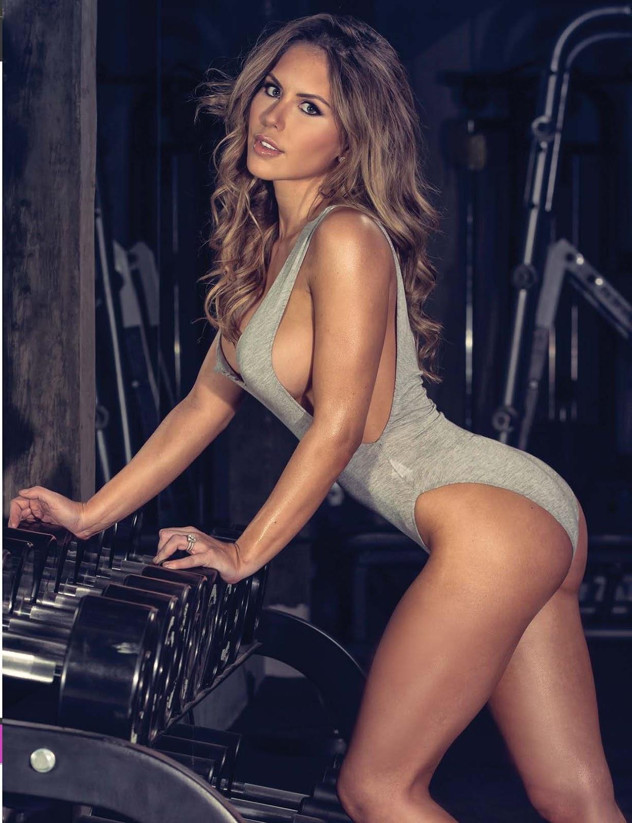 Brittney Palmer Sexy Topless