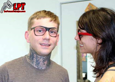 Tatuaje de gafas (WTF Tattoo)