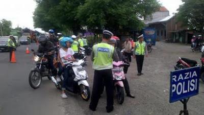 Polisi Razia Pajak Kendaraan Bermotor