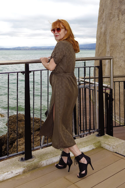 Neposlušné šaty, netaktný vietor a neslušné fotky
