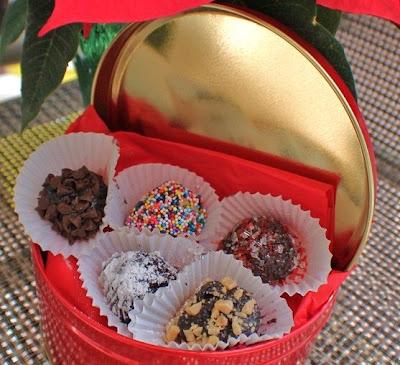 Oreo Balls, Chocolate Truffles and Keto Truffle Recipes