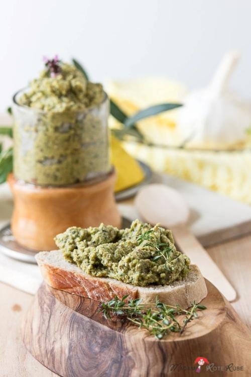 Zucchini - Oliven - Creme mit Basilikum, vegan und glutenfrei