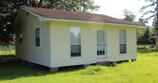 24'x32' Home selling Thursday, July 19th in Livingston, LA