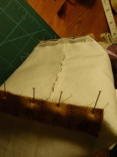 Finishing boxed corners - Tiny tote