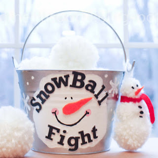 Snowball Fight in a Bucket How to