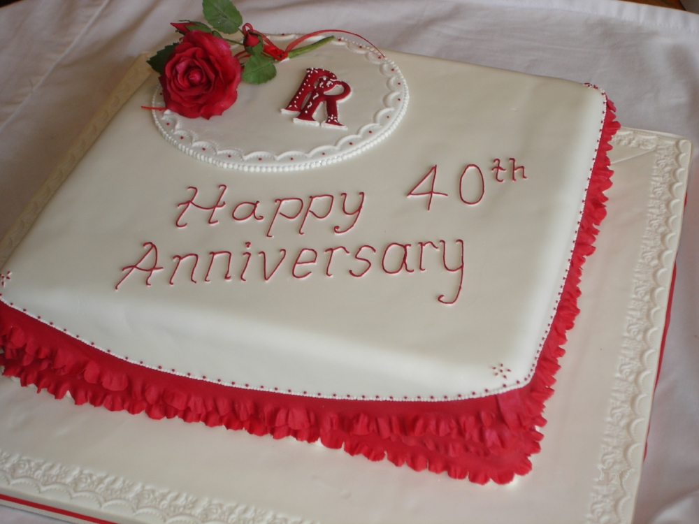 Unusual Ruby Wedding Gifts: Anniversary Cake