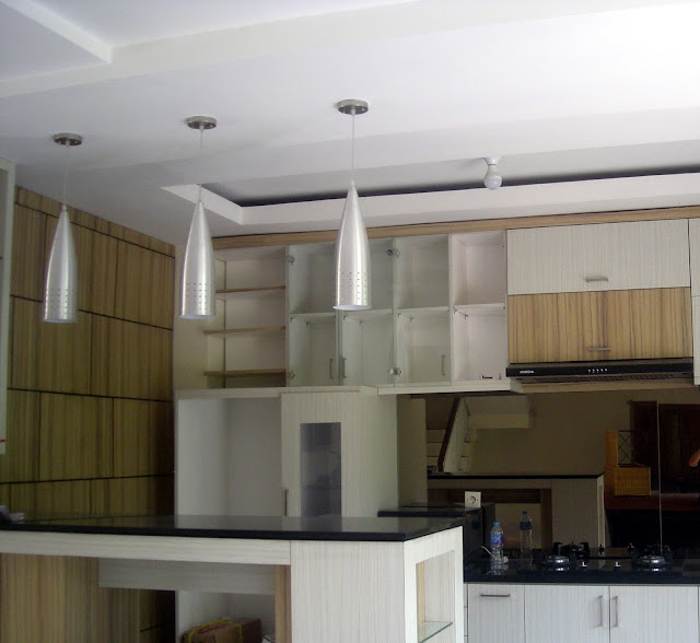 kitchenset rumah minimalis modern 3 lantai model villa