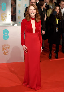 Julianne Moore Full Length Picture