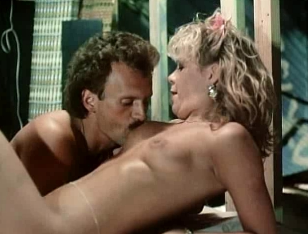 Double Penetration Action With Valery Summers