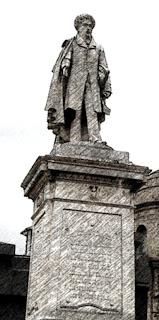 Marco de Avellaneda, no Cemitério da Recoleta, Buenos Aires