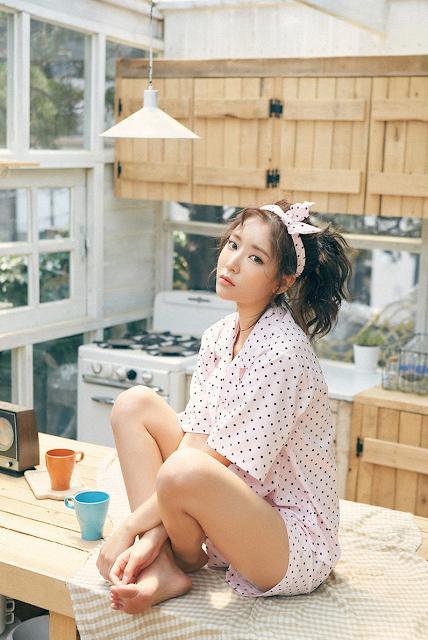 Kim JungYeon - very cute asian girl - girlcute4u.blogspot.com (1)
