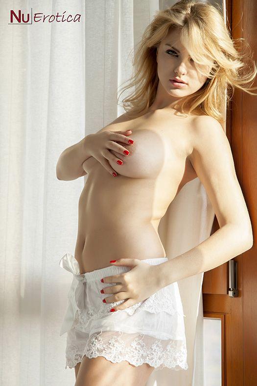 hLR NuErotica - Carla Sonre - Sexy In White