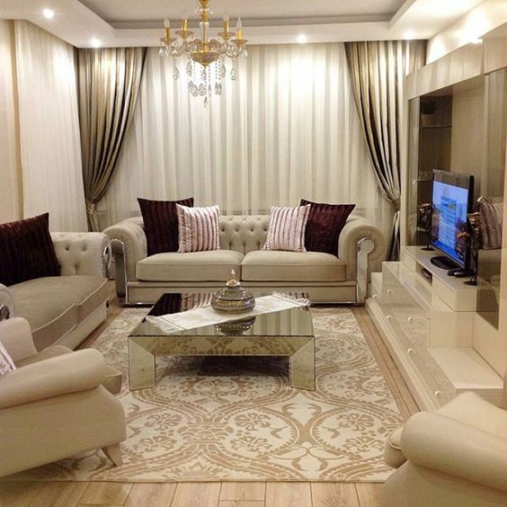 طاولات ارضيه حسب ثقافة اليابان في ديكورات منازل العرب