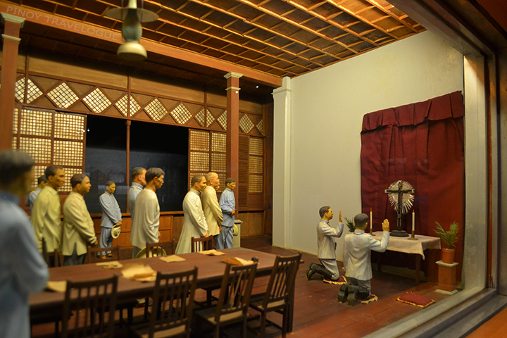 Diorama depicting Aguinaldo's oath taking at Tanza, Cavite