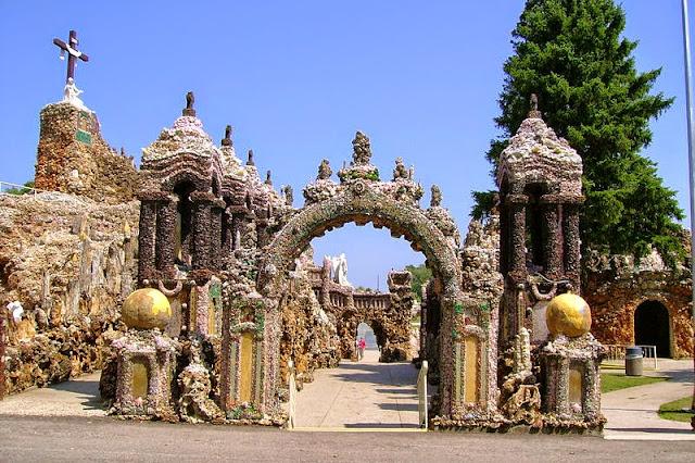 Grotto Arcade
