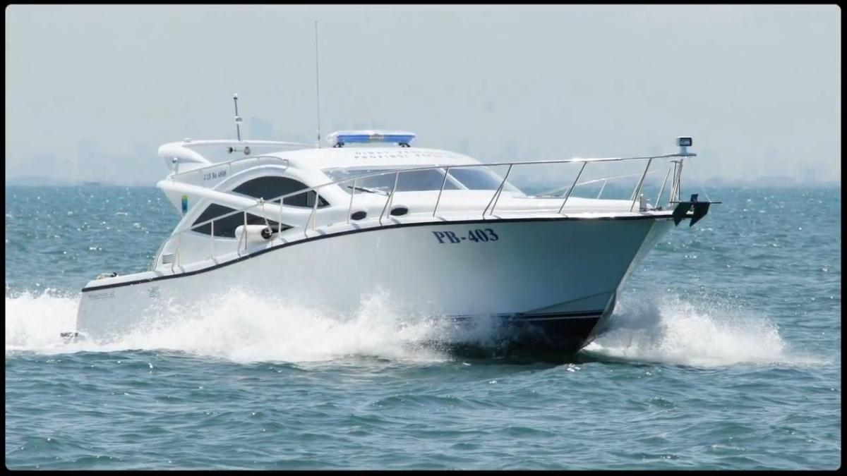 kapal speedboat polisi