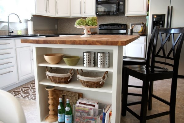 KitchenIslandsPlus.com: Kitchen Island Features: Shelves