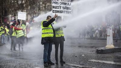 الديزل يشعل باريس