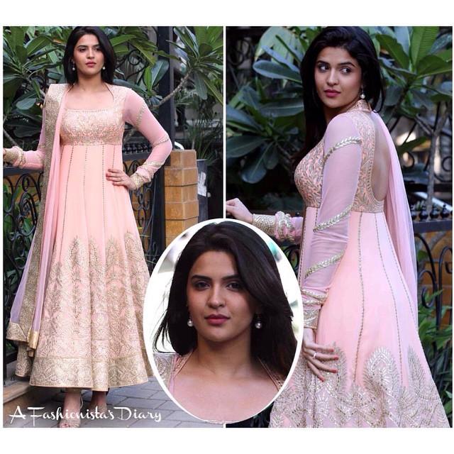 deeksha seth , outfit - @tamannapunjabikapoor   bollywood , style , fashion , beauty ,, Deeksha Seth Hot Pics From Grazia Young Fashion Awards