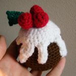 http://www.craftsy.com/pattern/crocheting/toy/amigurumi-christmas-pudding/113326?rceId=1448095981572~k6rnozjq