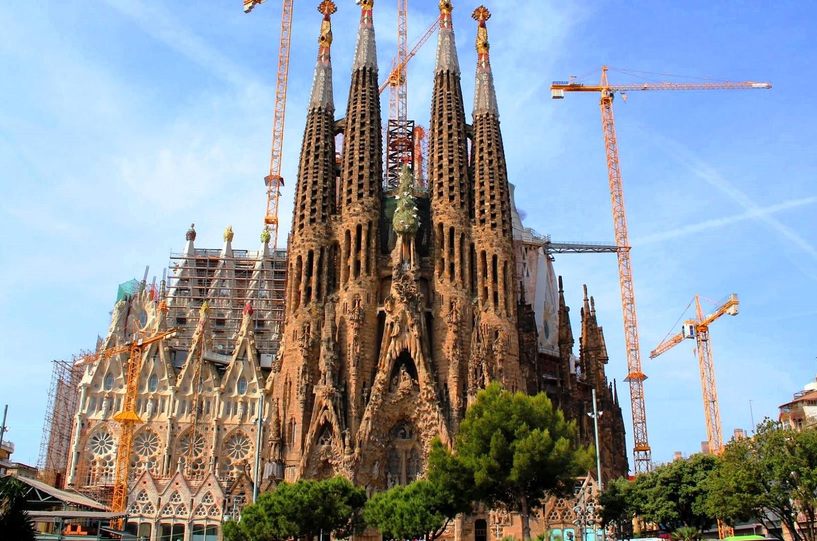 Urbina vinos blog la sagrada familia turismo barcelona for Familia barcelona