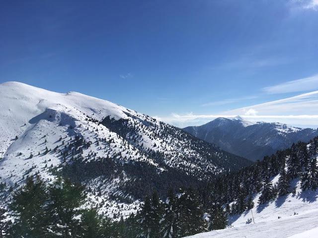 Χιόνισε στο Μαίναλο