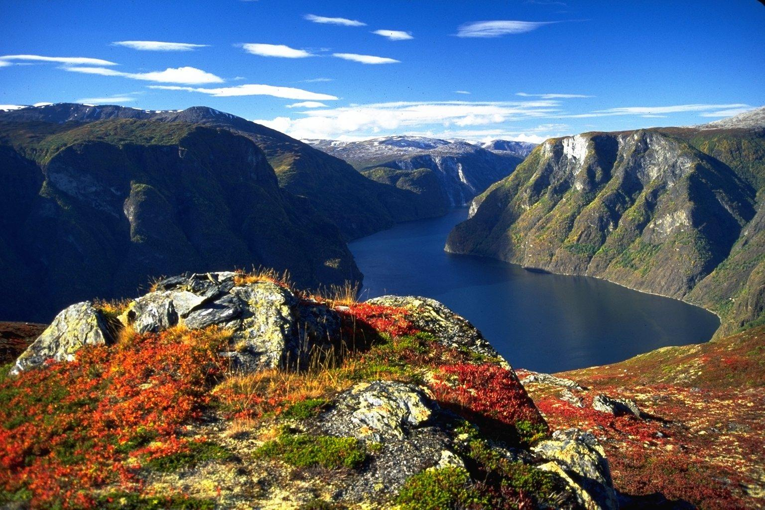 hear. see.: Bergen, Norway