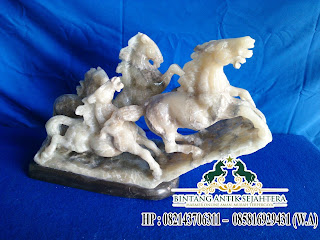 Patung Kuda Batu, Patung Kuda Hiasan Onix