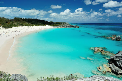Beautiful Clear Waters of Bermuda - A popular Cruise Destination from the Port of New York and New Jersey
