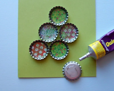 Bottle Cap Christmas Tree Card Craft Tutorial Step 4