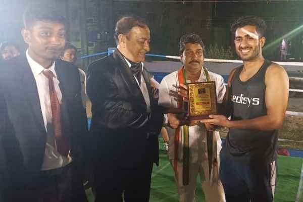 boxer-sunny-chauhan-win-gold-medal-in-uttarpara-west-bengal-24-march