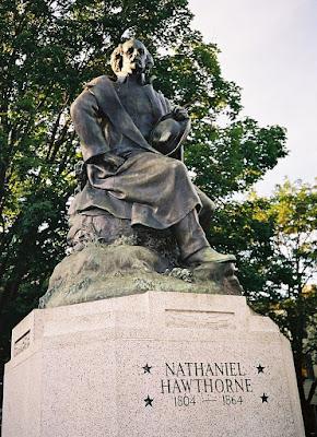 Statue de Nathaniel Hawthorne à Salem