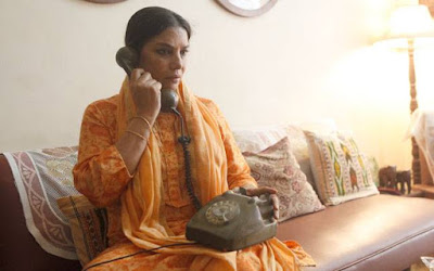 Shabana Azmi as Neerja's mother