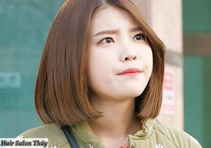 """<img src=""""toc-ngan-uon-cup.jpg"""" alt=""""kiểu tóc uốn cụp đuôi ngang vai""""/>"""