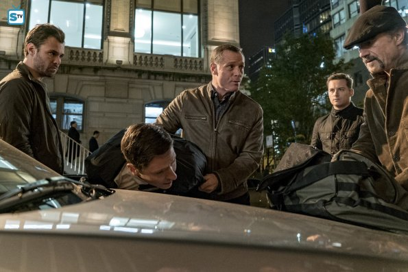 Chicago PD - Don't Bury This Case / Don't Read The News - Review