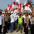 Bersama Anggota Kapolsek Babelan lakukan pengamanan Kampanye Balon Kepala Desa diwilayah Kecamatan Babelan