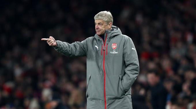 Wenger bemoans referee error in Arsenal defeat