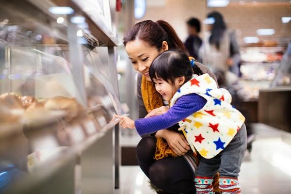 Trik Mengantisipasi Anak Rewel Minta Dibelikan Sesuatu