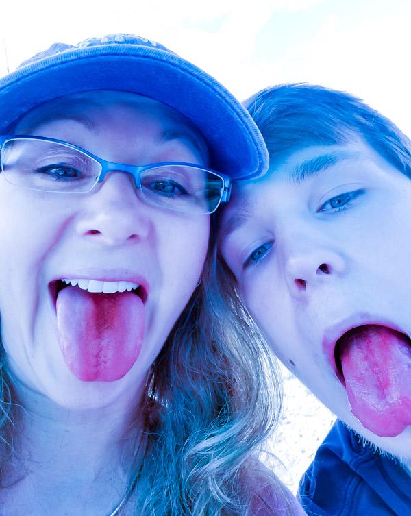 pink tongues