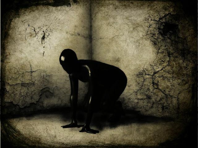 nạn nhân biệt giam bắt đầu rối loạn nhận thức khi họ mất dần khả năng tập trung và chú ý, trí nhớ suy giảm, suy nghĩ lẫn lộn và nhầm lẫn về phương hướng.