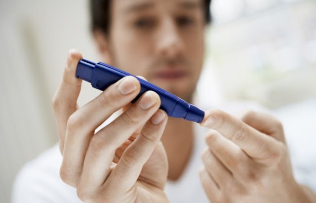 15 maneiras fáceis de reduzir os níveis de açúcar no sangue naturalmente