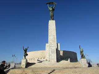 Estatua de la Libertad Budapest 1